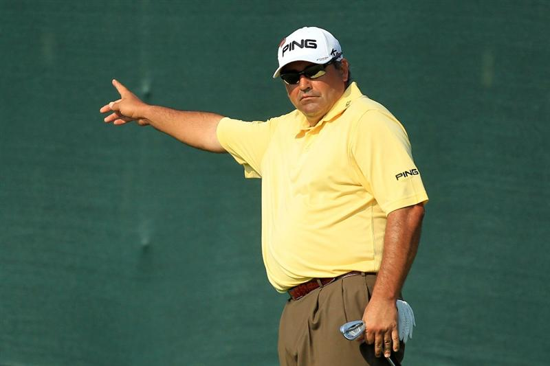 AUGUSTA, GA - APRIL 09:  Angel Cabrera of Argentina watches a putt on the 17th green during the third round of the 2011 Masters Tournament at Augusta National Golf Club on April 9, 2011 in Augusta, Georgia.  (Photo by David Cannon/Getty Images)