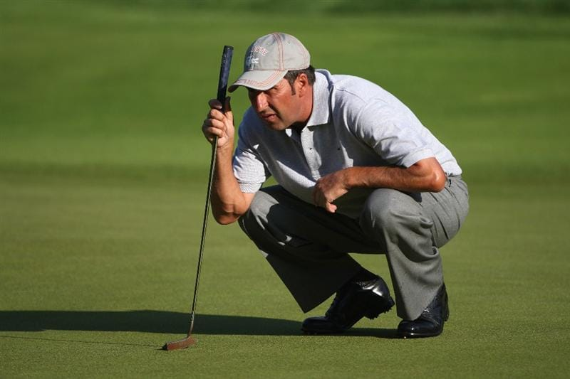 LUSS, SCOTLAND - JULY 09:  Jose-Maria Olazabal of Spain lines up a putt on the 11th green during the First Round of The Barclays Scottish Open at Loch Lomond Golf Club on July 09, 2009 in Luss, Scotland.  (Photo by Andrew Redington/Getty Images)