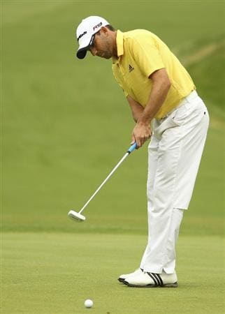 MELBOURNE, AUSTRALIA - NOVEMBER 12:  Sergio Garcia of Spain putts a ball during day four of the Australian Masters at The Victoria Golf Club on November 12, 2010 in Melbourne, Australia.  (Photo by Lucas Dawson/Getty Images)