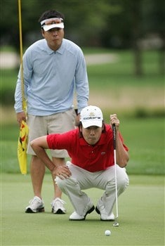 DEARBORN, MI - JUNE 30:  Kevin Na takes a look at a putt during the International Final Qualifying America for the 2008 British Open on June 30, 2008 at Dearborn Country Club in Dearborn, Michigan.  (Photo by Domenic Centofanti/Getty Images)