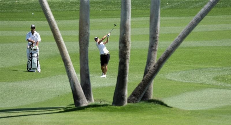 RANCHO MIRAGE, CA - APRIL 03: Louise Friberg of Sweden plays her second shot at the 5th hole during the second round of the 2009 Kraft Nabisco Championship, at the Mission Hills Country Club on April 3, 2009 in Rancho Mirage, California  (Photo by David Cannon/Getty Images)