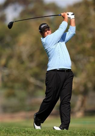 LA JOLLA, CA - FEBRUARY 05: Brendon De Jonge hits his tee shot on the second hole on the South Course during the first round of the Buick Invitational at the Torrey Pines Golf Course on February 5, 2009 in La Jolla, California.  (Photo by Scott Halleran/Getty Images)