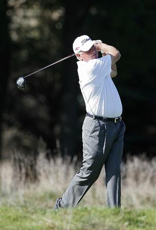 POTOMAC, MD - OCTOBER 10:  Mark O'Meara hits his drive on the fourth hole during the final round of the Constellation Energy Senior Players Championship held at TPC Potomac at Avenel Farm on October 10, 2010 in Potomac, Maryland.  (Photo by Michael Cohen/Getty Images)
