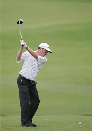 CARY, NC - SEPTEMBER 26:  Jeff Sluman hits a drive during the second round of the SAS Championship at Prestonwood Country Club held on September 26, 2009 in Cary,  North Carolina.  (Photo by Michael Cohen/Getty Images)