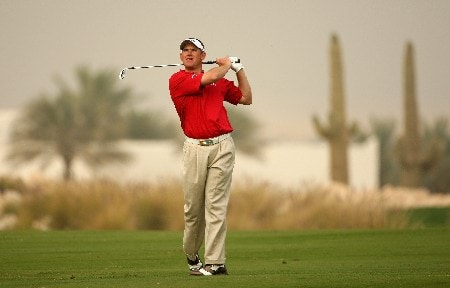 DOHA, QATAR - JANUARY 26:  Lee Westwood of England hits his third shot on the ninth hole during the third round of the Commercialbank Qatar Masters at Doha Golf Club on January 26, 2008 in Doha, Qatar.  (Photo by Andrew Redington/Getty Images)