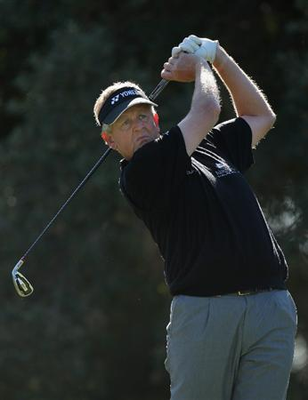 SOTOGRANDE, SPAIN - OCTOBER 30:  Colin Montgomerie of Scotland on the 2nd tee during the first round of the Volvo Masters at the Valderrama Golf Club on October 30, 2008 in Sotogrande, Spain.  (Photo by Ross Kinnaird/Getty Images)