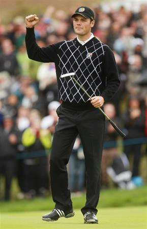 NEWPORT, WALES - OCTOBER 02:  Martin Kaymer of Europe celebrates holing a putt on the 10th green during the rescheduled Afternoon Foursome Matches during the 2010 Ryder Cup at the Celtic Manor Resort on October 2, 2010 in Newport, Wales.  (Photo by Andrew Redington/Getty Images)