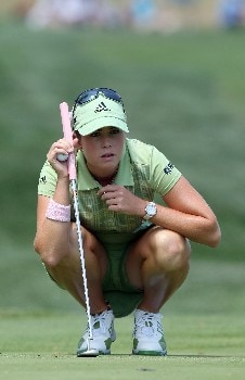 HAVRE DE GRACE, MD - JUNE 09:  Paula Creamer of the USA lines up a putt on the 1st green during the third round of the 2007 McDonald's LPGA Championship held at Bulle Rock golf course, on June 9, 2007 in Havre de Grace, Maryland.  (Photo by David Cannon/Getty Images)