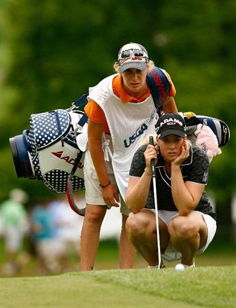 BETHLEHEM, PA - JULY 11:  Brittany Lincicome waits with her caddie Tara Bateman on the 15th green during the third round of the 2009 U.S. Women's Open at the Saucon Valley Country Club on July 11, 2009 in Bethlehem, Pennsylvania.  (Photo by Scott Halleran/Getty Images)