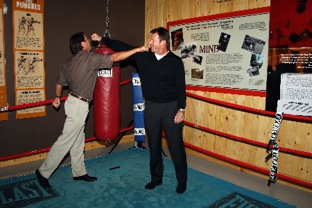 LOUISVILLE, KY - OCTOBER 22:  European captain Nick Faldo (R) and U.S. captain Paul Azinger joke around in a boxing ring at the Mohammed Ali Centre during preview events for the 2008 Ryder Cup at Valhalla Golf Club on October 22, 2007 in Louisville,Kentucky.  (Photo by David Cannon/Getty Images)