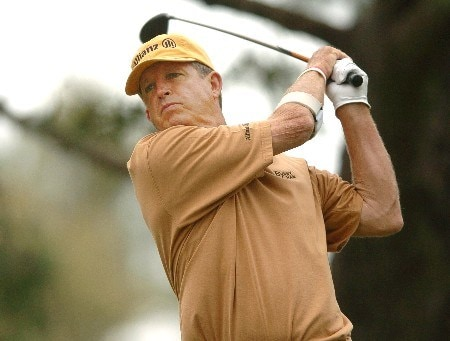 Dana Quigley tees off from the 11th hole during the second round of the Champions' Tour 2005 Toshiba Senior Classic at  the Newport Beach Country Club in Newport Beach, California March 19, 2005.
