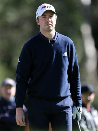 PACIFIC PALISADES, CA - FEBRUARY 20:  Martin Laird of Scotland watches his tee shot on the second hole during the fourth round of the Northern Trust Open at the Riviera Country Club on February 20, 2011 in Pacific Palisades, California.  (Photo by Harry How/Getty Images)