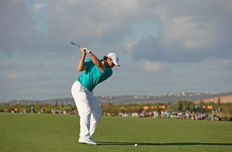 VILAMOURA, PORTUGAL - OCTOBER 16:  Pablo Martin of Spain plays into the 17th green during the third round of the Portugal Masters at the Oceanico Victoria Golf Course on October 16, 2010 in Vilamoura, Portugal.  (Photo by Richard Heathcote/Getty Images)
