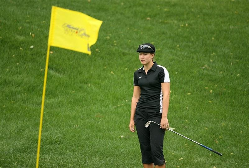 WILLIAMSBURG, VA : Vicky Hurst waits to hit her third shot on the 16th hole during the first round of the Michelob Ultra Open at Kingsmill Resort on May 7, 2009 in Williamsburg, Va. (Photo by Hunter Martin/Getty Images)