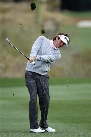 MARANA, AZ - FEBRUARY 27:  Bubba Watson hits his second shot on the first hole during the final round of the Accenture Match Play Championship at the Ritz-Carlton Golf Club on February 27, 2011 in Marana, Arizona.  (Photo by Andy Lyons/Getty Images)