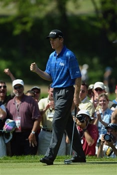 OLYMPIA FIELDS, IL - JUNE 15:  Jim Furyk pumps his fist after saving par on the second green during the final round of the 2003 US Open on the North Course at the Olympia Fields Country Club on June 15, 2003, Olympia Fields, Illinois.  (Photo by Donald Miralle/Getty Images)