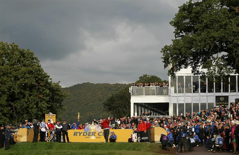 NEWPORT, WALES - OCTOBER 03:  Jeff Overton of the USA tees off on the 18th hole during the  Fourball & Foursome Matches during the 2010 Ryder Cup at the Celtic Manor Resort on October 3, 2010 in Newport, Wales. (Photo by Jamie Squire/Getty Images)