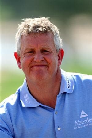ABU DHABI, UNITED ARAB EMIRATES - JANUARY 21:  Colin Montgomerie of Scotland on the ninth hole during the first round of The Abu Dhabi Golf Championship at Abu Dhabi Golf Club on January 21, 2010 in Abu Dhabi, United Arab Emirates.  (Photo by Andrew Redington/Getty Images)