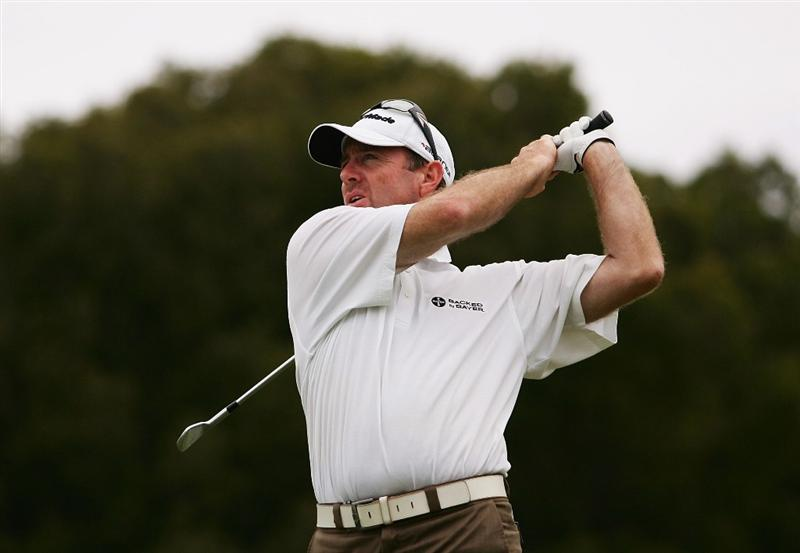 SYDNEY, AUSTRALIA - DECEMBER 11:  Rod Pampling plays an approach shot during the first round of the 2008 Australian Open at The Royal Sydney Golf Club on December 11, 2008 in Sydney, Australia.  (Photo by Matt King/Getty Images)