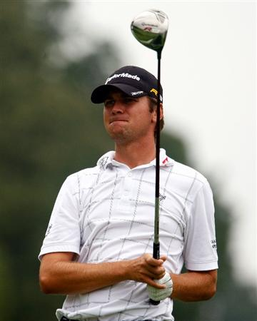 LEMONT, IL - SEPTEMBER 09:  Sean O'Hair watches a tee shot during the pro-am prior to the start of BMW Championship at Cog Hill Golf & CC on September, 2009 in Lemont, Illinois.  (Photo by Scott Halleran/Getty Images)