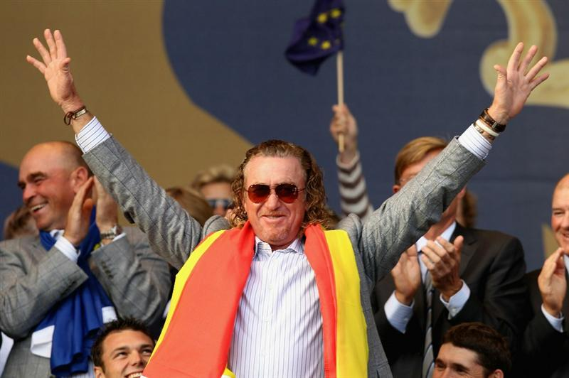 NEWPORT, WALES - OCTOBER 04:  Miguel Angel Jimenez of Europe acknowledges the crowd at the closing ceremonies following Europe's 14.5 to 13.5 victory over the USA at the 2010 Ryder Cup at the Celtic Manor Resort on October 4, 2010 in Newport, Wales.  (Photo by Ross Kinnaird/Getty Images)