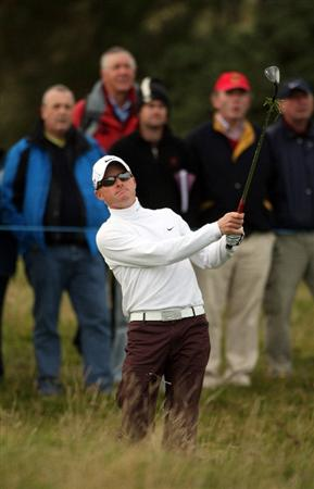 ST ANDREWS, SCOTLAND - OCTOBER 05:  Simon Dyson of England on the 17th hole during the final round of The Alfred Dunhill Links Championship at The Old Course on October 5, 2009 in St.Andrews, Scotland. (Photo by Andrew Redington/Getty Images)