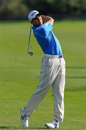 CASTELLON DE LA PLANA, SPAIN - OCTOBER 22:  Sergio Garcia of Spain plays his approach shot on the 13th hole during the second round of the Castello Masters Costa Azahar at the Club de Campo del Mediterraneo on October 22, 2010 in Castellon de la Plana, Spain.  (Photo by Stuart Franklin/Getty Images)