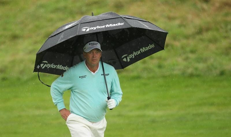 PERTH, UNITED KINGDOM - AUGUST 31:  Darren Clarke of Northern Ireland during the final round of The Johnnie Walker Championship at Gleneagles on August 31, 2008 at the Gleneagles Hotel and Resort in Perthshire, Scotland.  (Photo by Ross Kinnaird/Getty Images)
