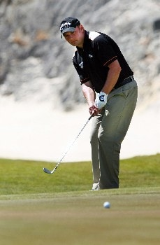 QUEENSTOWN, NEW ZEALAND - NOVEMBER 29:  Kyron Sullivan of Wales plays a putt on the 17th hole during the first round of the New Zealand Open on November 29, 2007 in Queenstown, New Zealand.  (Photo by Sandra Mu/Getty Images)