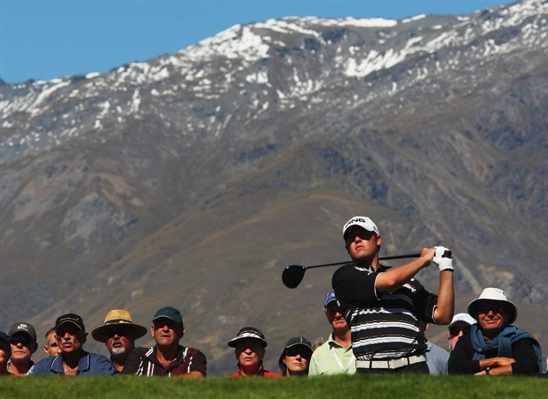 QUEENSTOWN, NEW ZEALAND - MARCH 15:  Alex Prugh of the USA tees off on the 1st hole during day four of the New Zealand Men's Open Championship at The Hills Golf Club on March 15, 2009 in Queenstown, New Zealand.  (Photo by Phil Walter/Getty Images)