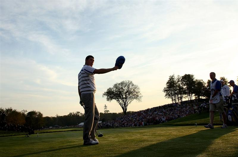 LOUISVILLE, KY - SEPTEMBER 19:  Padraig Harrington of the European team waves to the gallery on the first tee during the 2008 Ryder Cup at Valhalla Golf Club on September 19, 2008 in Louisville, Kentucky.  (Photo by David Cannon/Getty Images)