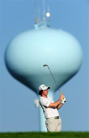 CHASKA, MN - AUGUST 12:  Rory McIlroy of Northern Ireland hits a shot during the third preview day of the 91st PGA Championship at Hazeltine National Golf Club on August 12, 2009 in Chaska, Minnesota.  (Photo by Stuart Franklin/Getty Images)