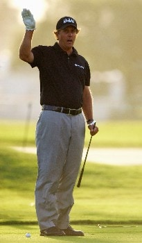 MIAMI - MARCH 18:  Phil Mickelson of the USA gestures on the first hole during practice for the 2008 World Golf Championships CA Championship at the Doral Golf Resort & Spa, on March 18, 2008 in Miami, Florida.  (Photo by Warren Little/Getty Images)