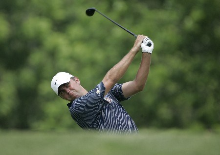Bo Van Pelt tees off on the third hole in the final round of the Memorial Tournament at Muirfield Village Golf Club - Dublin, Ohio. Sunday, June 5, 2005Photo by Chris Condon/PGA TOUR/WireImage.com