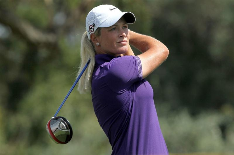 RANCHO MIRAGE, CA - APRIL 03:  Suzann Pettersen of Norway hits her tee shot on  the third hole during the third round of the Kraft Nabisco Championship at Mission Hills Country Club on April 3, 2010 in Rancho Mirage, California.  (Photo by Stephen Dunn/Getty Images)