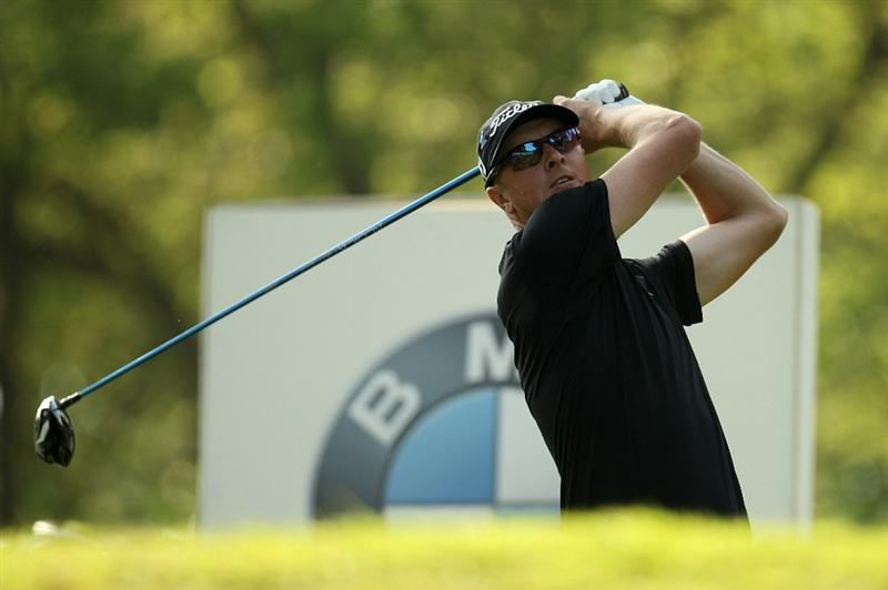 VIRGINIA WATER, ENGLAND - MAY 20:  Fredrik Andersson Hed of Sweden tees off during the first round of the BMW PGA Championship on the West Course at Wentworth on May 20, 2010 in Virginia Water, England.  (Photo by Ross Kinnaird/Getty Images)
