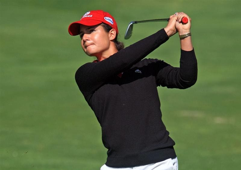 HUIXQUILUCAN, MEXICO - MARCH 20:  Lorena Ochoa of Mexico watches her tee approach on the fifth hole during the first round of the MasterCard Classic at the BosqueReal Country Club on March 20, 2009 in Huixquiucan, Mexico.  (Photo by Scott Halleran/Getty Images)