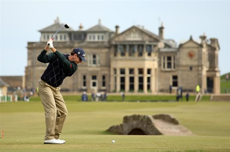 ST ANDREWS, SCOTLAND - OCTOBER 05: Brad Faxon of the USA drives off the 18th tee during the final round of The Alfred Dunhill Links Championship at The Old Course on October 5, 2009 in St.Andrews, Scotland.  (Photo by Warren Little/Getty Images)