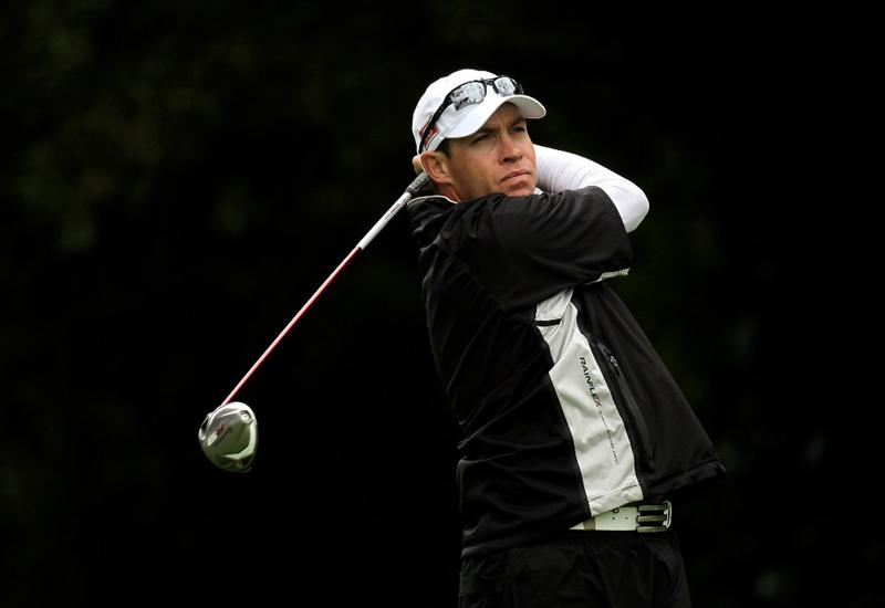 PACIFIC PALISADES, CA - FEBRUARY 06:  Brian Davis of England hits his tee shot on the 12th hole during the third round of the Northern Trust Open at Riviera Country Club on February 6, 2010 in Pacific Palisades, California. (Photo by Stephen Dunn/Getty Images)