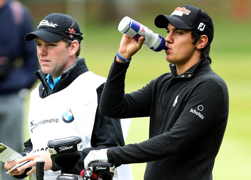 VIRGINIA WATER, ENGLAND - MAY 28:  Matteo Manassero of Italy has a drink on the 3rd hole during the third round of the BMW PGA Championship at the Wentworth Club on May 28, 2011 in Virginia Water, England.  (Photo by Ian Walton/Getty Images)