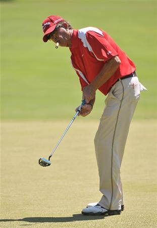 AUSTIN, TX - JUNE 05: Dana Quigley putts for a birdie on the 3rd hole  during the first round of the Triton Financial Classic  held at The Hills Country Club on June 5, 2009 in Austin, Texas. (Photo by Marc Feldman/Getty Images)