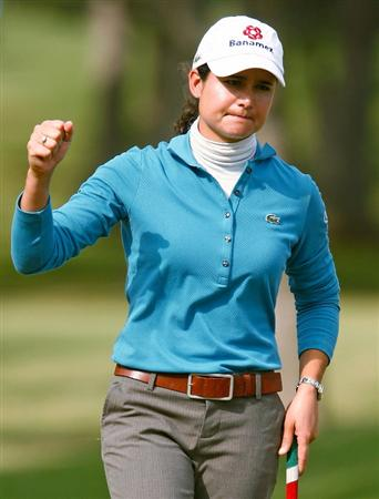 RICHMOND, TX - NOVEMBER 19:  Lorena Ochoa of Mexico reacts to her birdie putt on the ninth green during the first round of the LPGA Tour Championship presented by Rolex at the Houstonian Golf and Country Club on November 19, 2009 in Richmond, Texas.  (Photo by Scott Halleran/Getty Images)