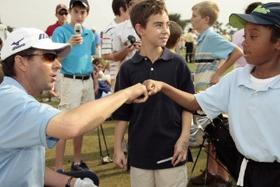 Billy Andrade interacts with fans during practice day at the 2007 Honda Classic on the PGA National Champions Course in West Palm Beach, Florida. February 27, 2007. PGA TOUR - The 2007 Honda Classic - Practice - February 28, 2007Photo by Pete Fontaine/WireImage.com