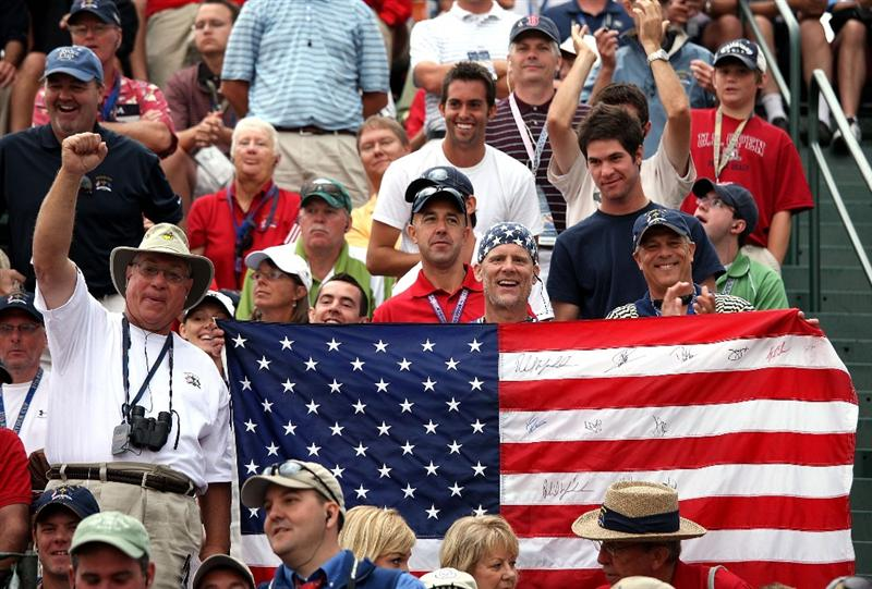 LOUISVILLE, KY - SEPTEMBER 20:  USA fans cheer on the first tee during the morning foursome matches on day two of the 2008 Ryder Cup at Valhalla Golf Club on September 20, 2008 in Louisville, Kentucky.  (Photo by David Cannon/Getty Images)