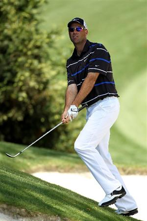 AUGUSTA, GA - APRIL 09:  Stewart Cink hits his third shot on the tenth hole during the second round of the 2010 Masters Tournament at Augusta National Golf Club on April 9, 2010 in Augusta, Georgia.  (Photo by Jamie Squire/Getty Images)