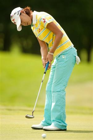 SPRINGFIELD, IL - JUNE 11: Na Yeon Choi of South Korea putts during the second round of the LPGA State Farm Classic at Panther Creek Country Club on June 11, 2010 in Springfield, Illinois. (Photo by Darren Carroll/Getty Images)