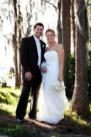 ORLANDO - JANUARY 10: (NO SALES) In this photo provided by Lena Hyde Photography, LPGA golfer Annika Sorenstam and Mike McGee, pose on their wedding day January 10, 2009 near their home in Orlando, Florida.  (Photo by Lena Hyde Photography via Getty Images)