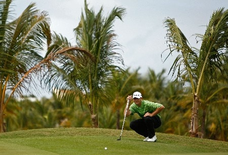 RIO GRANDE, PUERTO RICO - MARCH 20:  Jason Allred lines up a putt on the 3rd hole during the first round of the Puerto Rico Open presented by Banco Popular held on March 20, 2008 at Coco Beach Golf & Country Club in Rio Grande, Puerto Rico.  (Photo by Mike Ehrmann/Getty Images)