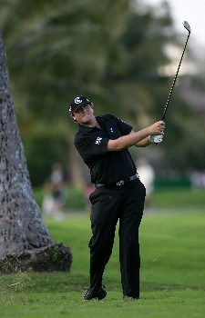 HONOLULU - JANUARY 13:  Steve Marino hits his second shot on the ninth hole during the final round of the Sony Open at the Waialae Country Club January 13, 2008 in Honolulu, Oahu, Hawaii.  (Photo by Jonathan Ferrey/Getty Images)