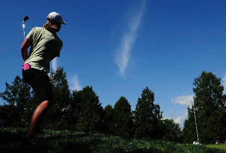 OTTAWA, ON - AUGUST 16:  Katherine Hull of Australia makes a chip shot on the fourth green during the third round of the CN Canadian Women's Open at the Ottawa Hunt and Golf Club on August 16, 2008 in Ottawa, Ontario, Canada.  (Photo by Robert Laberge/Getty Images)